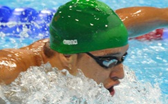 Le Clos stuns Phelps, wins Olympic gold