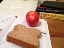 Eating Healthy While Studying – Why What You Put In, Affects What You Get Out