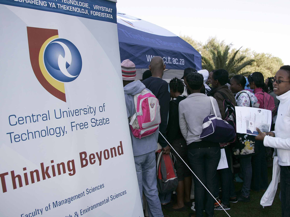 CUT offers 15 scholarships to the top 100 grade 12 learners